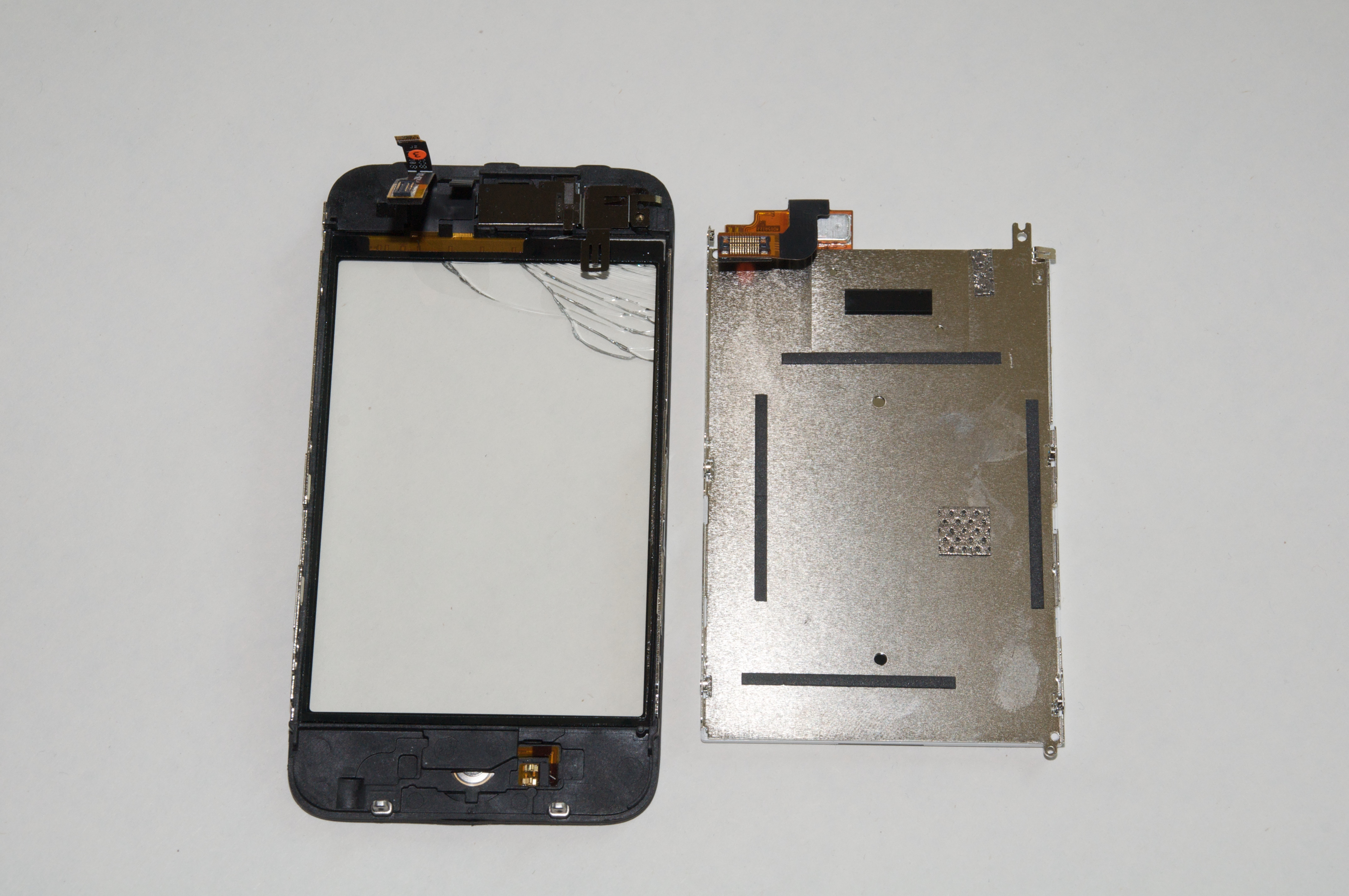 How To Replace A Cracked Iphone 3g Screen Tidbits