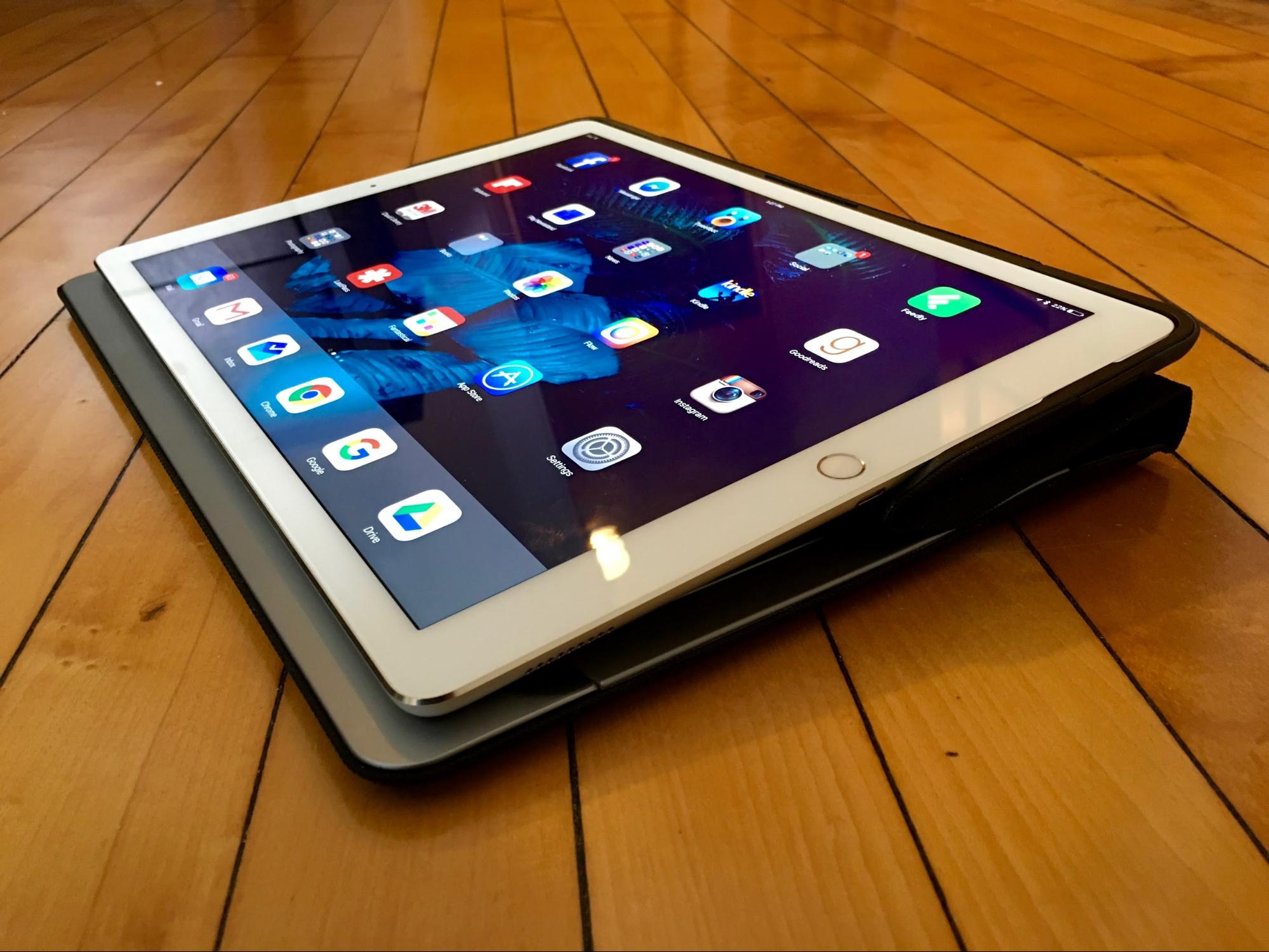 how to hook up apple keyboard to ipad Folio for apple ipad 97 download owner's manual: logitech keyboard case by zagg for ipad 3 & 4 [discontinued] download owner's manual: zaggfolio for ipad 2.