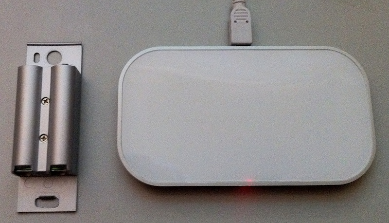 ece5c467f02 Mobee Magic Charger Makes Batteries Disappear - TidBITS