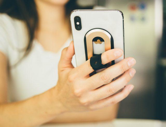OhSnap iPhone Grip