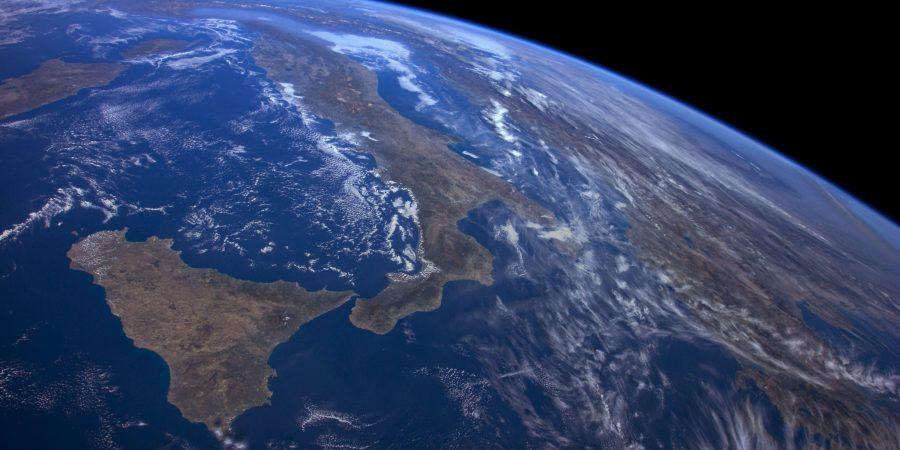 The new Earth tvOS screensaver