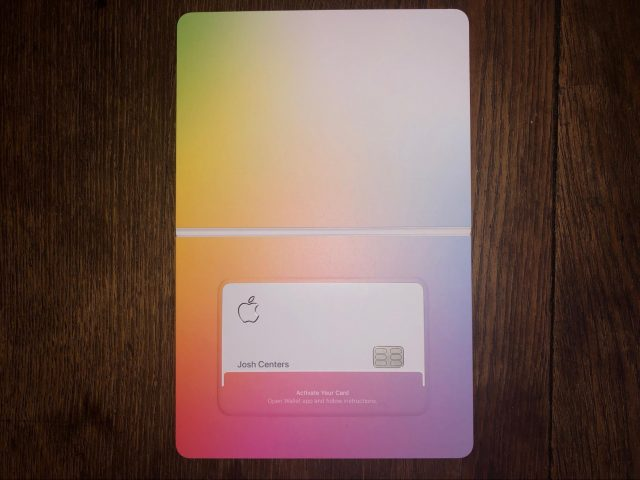 The physical Apple Card