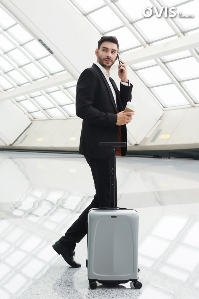 Ovis Robotic Suitcase