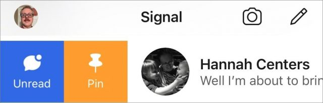 Signal swipes on messages