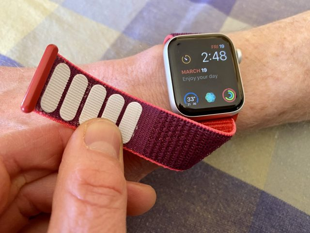 Apple Watch with knock-off sport loop band
